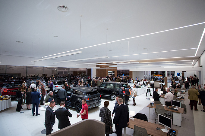 Duckworth Land Rover Showroom